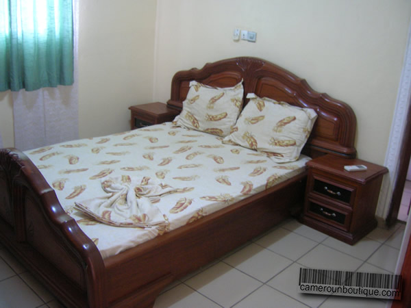 Appartement meubl f3 douala akwa garanti for Appartement meuble a douala